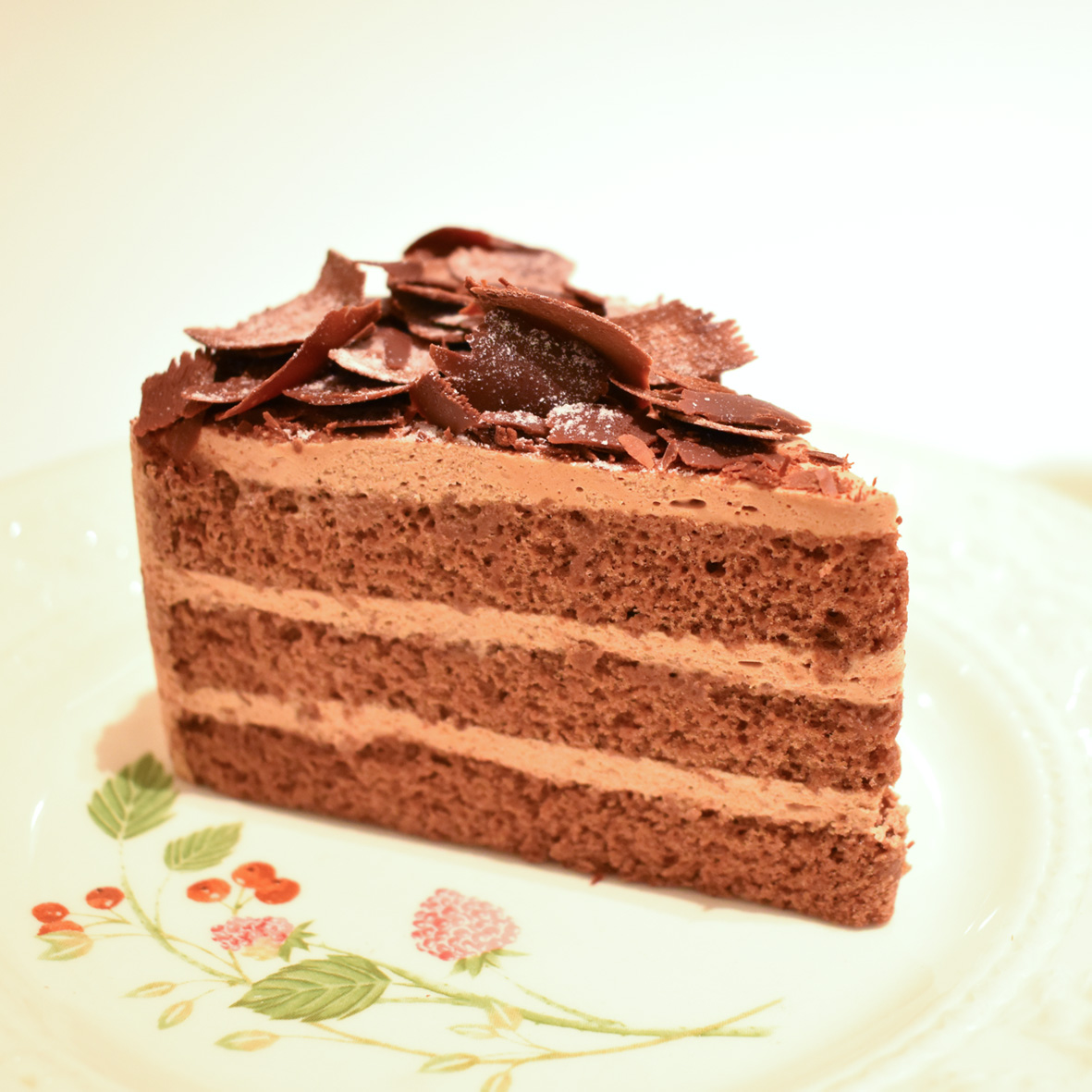 モーニングセットにテラス店限定のケーキが登場しました♪
